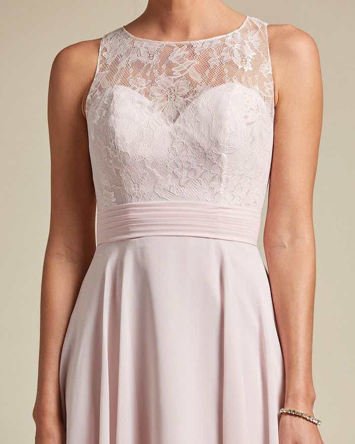 Sweetheart Shaped Lace Maxi Dress - Detail