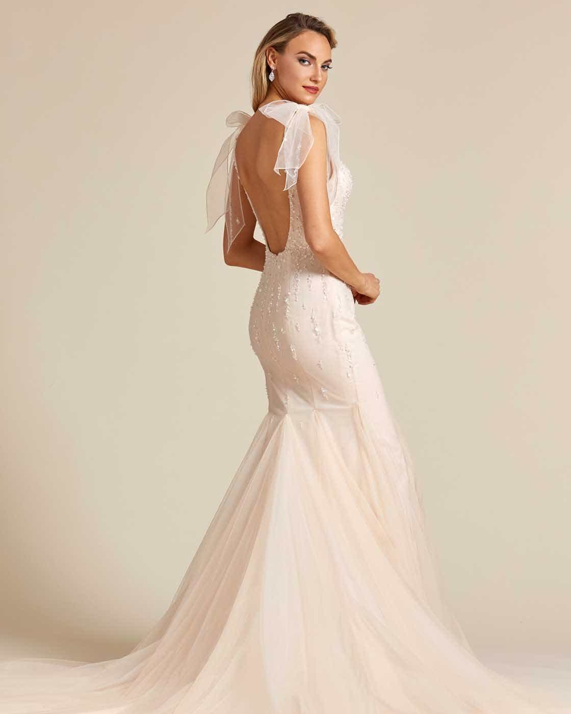 Vintage Style Champagne Sleeveless Wedding Gown - Side
