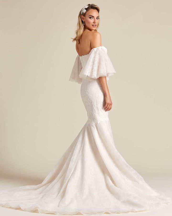Off White Mermaid Tail Wedding Dress - Detail Side